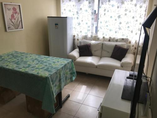 A seating area at Kitnet no Derby, Recife - 206