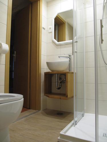 A bathroom at Apartmaji Zupančič