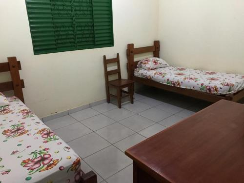 A bunk bed or bunk beds in a room at fazenda Doce Sonhos