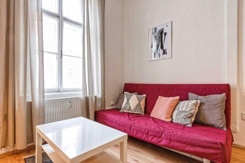 Ein Sitzbereich in der Unterkunft Apartments At I.P.Pavlova