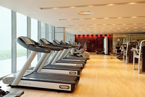 The fitness center and/or fitness facilities at Park Arjaan by Rotana, Abu Dhabi