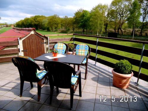Ein Balkon oder eine Terrasse in der Unterkunft Ferienwohnung Hartmann