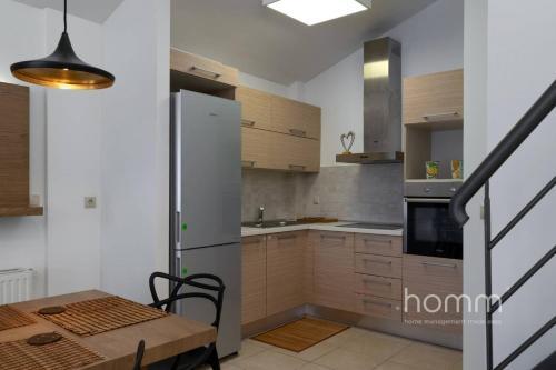 Küche/Küchenzeile in der Unterkunft 137m² homm New Apartment with Acropolis View 7ppl