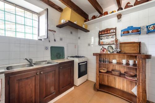 Kuchnia lub aneks kuchenny w obiekcie Can Sastre