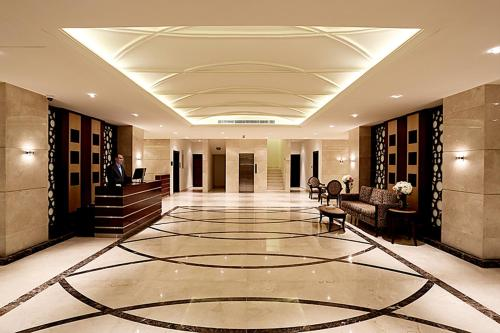 The lobby or reception area at Aswar Hotel Suites