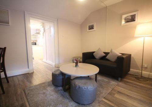 A seating area at Trinity Apartments Temple Bar