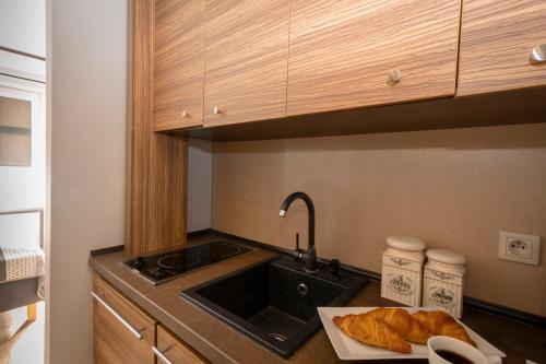 Kuchnia lub aneks kuchenny w obiekcie Apartament SZEROKA