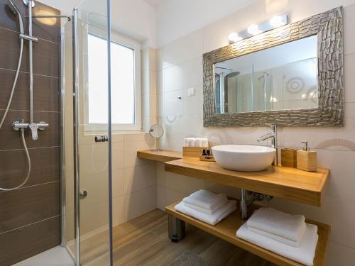 A bathroom at Holiday Dream