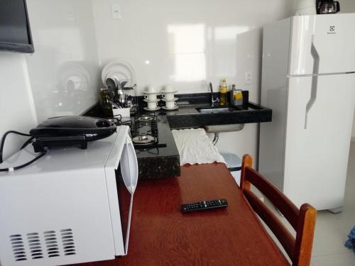 Een keuken of kitchenette bij Apartamentos Juliel