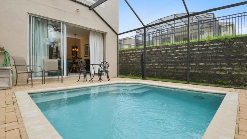 The swimming pool at or close to Minnies Townhouse
