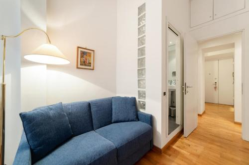 A seating area at Charming and bright 2 bed flat in San Giovanni