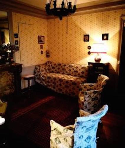 A bed or beds in a room at Agréable logement Paris 7#Montparnasse#Parking