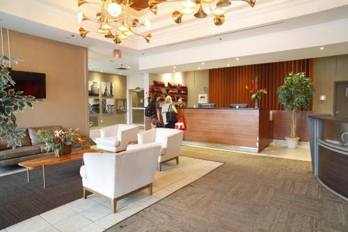 The lobby or reception area at Résidences de L'Université d'Ottawa - Residence Rideau | University of Ottawa Residences - Rideau Residence
