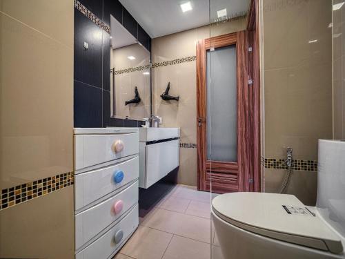 Ванная комната в Club Royal By Mr.Butler