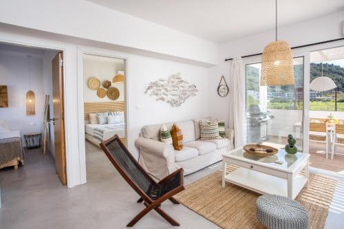A seating area at Euphoria Luxury apartment