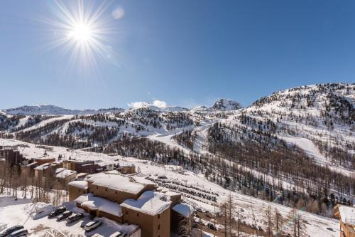 Résidence Pierre & Vacances Les Terrasses d'Azur a l'hivern