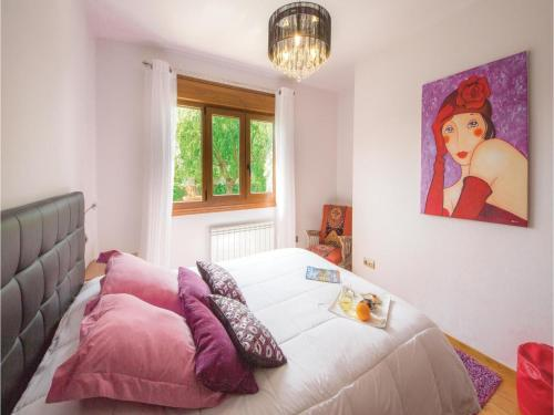 Cama o camas de una habitación en Four-Bedroom Holiday Home in Sanxenxo