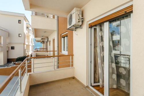 A balcony or terrace at Apartments Rivijera