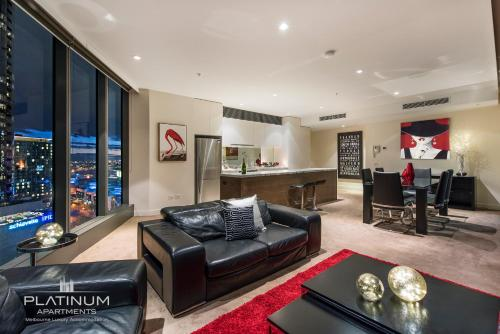 A seating area at Platinum Apartments @ Freshwater Place