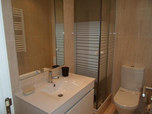 A bathroom at Marsol Flat