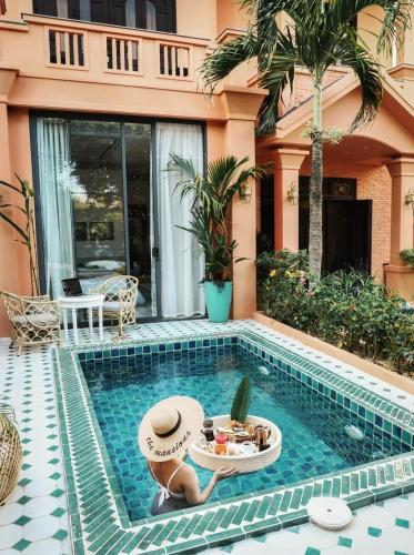 The swimming pool at or near The Mansion Hoi An