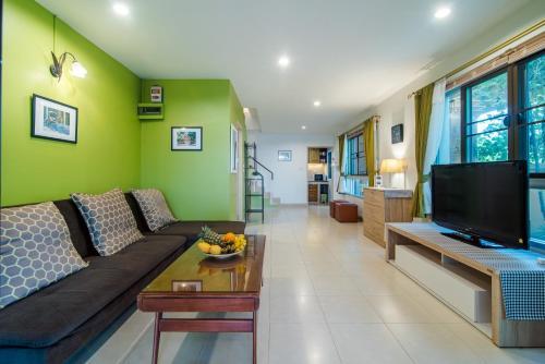 พื้นที่นั่งเล่นของ Cozy House in Hua Hin, Thailand