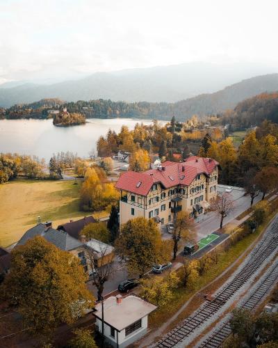 A bird's-eye view of Hotel Triglav
