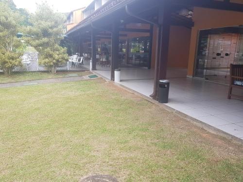 A garden outside Condominio Angra Green Coast