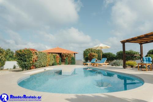 Piscina di Gennadi Dreams Holiday Villa o nelle vicinanze