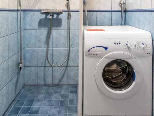 Vonios kambarys apgyvendinimo įstaigoje Holiday Home Kuerkartano 2/sulo