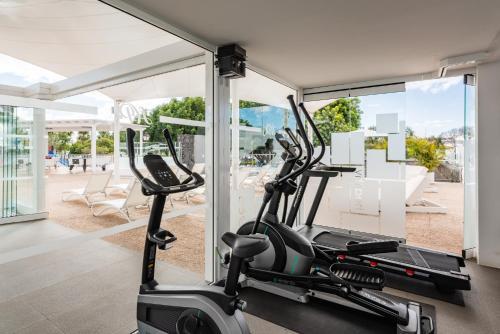 Het fitnesscentrum en/of fitnessfaciliteiten van Hyde Park Lane Villas