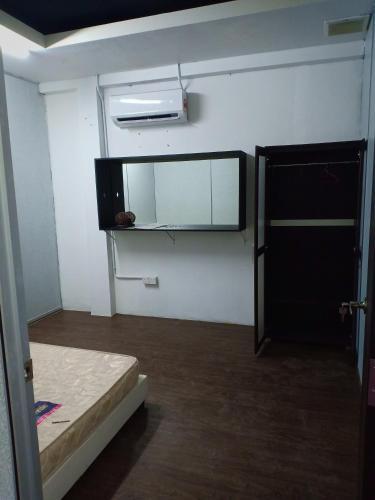 Room For Rent Taman Rakyat Mergong Alor Setar Malaysia Booking Com