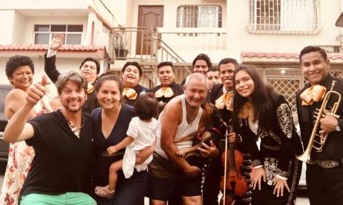 Guests staying at Casa Quisquis, grande y familiar en Facso / Urdesa