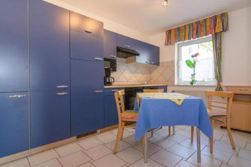 Küche/Küchenzeile in der Unterkunft Ferienwohnung Gross A