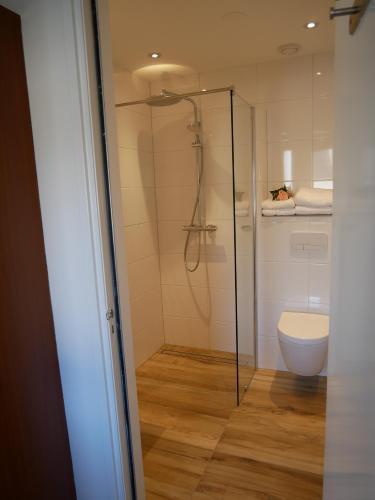 Een badkamer bij De Strandloper