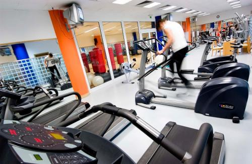 The fitness center and/or fitness facilities at Eurosol Residence