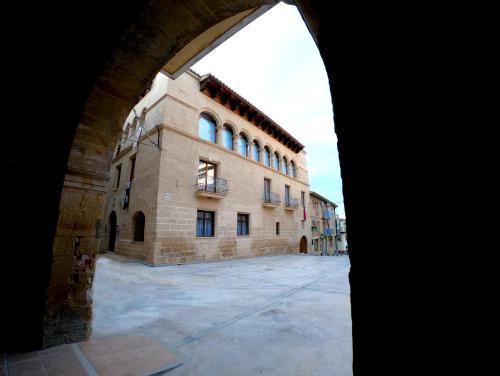 Hotel Palacio Baron De Andilla, Valdealgorfa – Precios ...