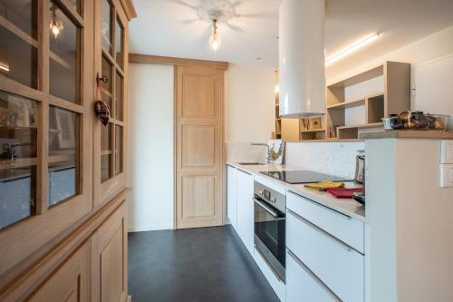 A kitchen or kitchenette at Saint Germain