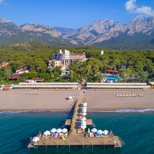 Een algemene foto van de bergen of uitzicht op de bergen vanuit het hotel