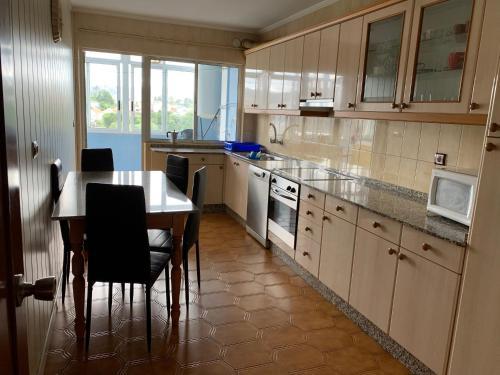 A kitchen or kitchenette at Piso Naron