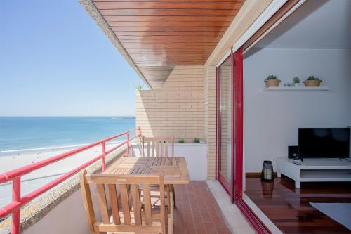 Liiiving in Matosinhos - Sea Beach Apartment