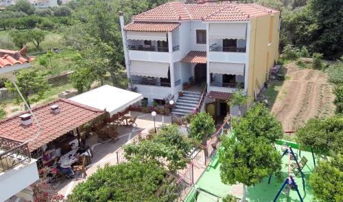 A bird's-eye view of Villa Nufaro