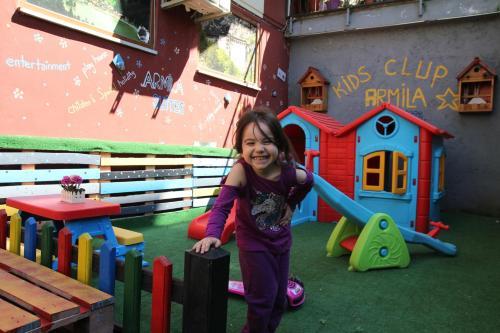 Children's play area sa Trabzon Holiday Homes and Villas