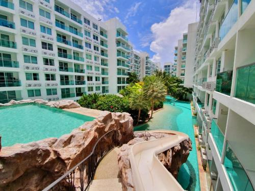 A view of the pool at Amazon Residence Condominium or nearby