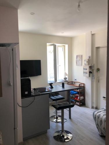 Appartement Lisieux Calme Très Bien équipé лізьє оновлені