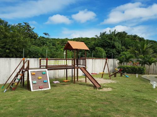 Children's play area at Apartamento Modus Vivendi