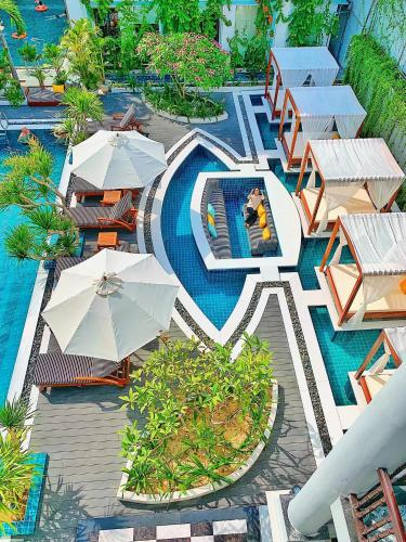 A view of the pool at Anio Boutique Hotel Hoian or nearby