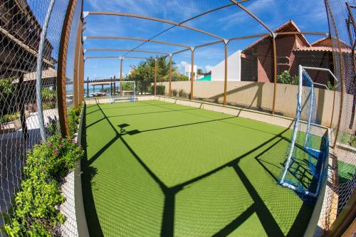 Tennis and/or squash facilities at Barra Bali Cond Resort 327 or nearby