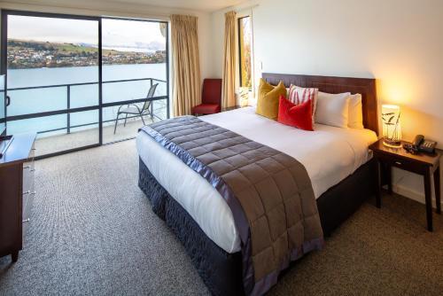 A bed or beds in a room at Villa Del Lago