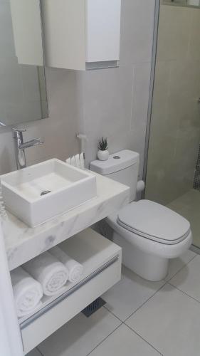 A bathroom at START Villa Morra Rent Apartments